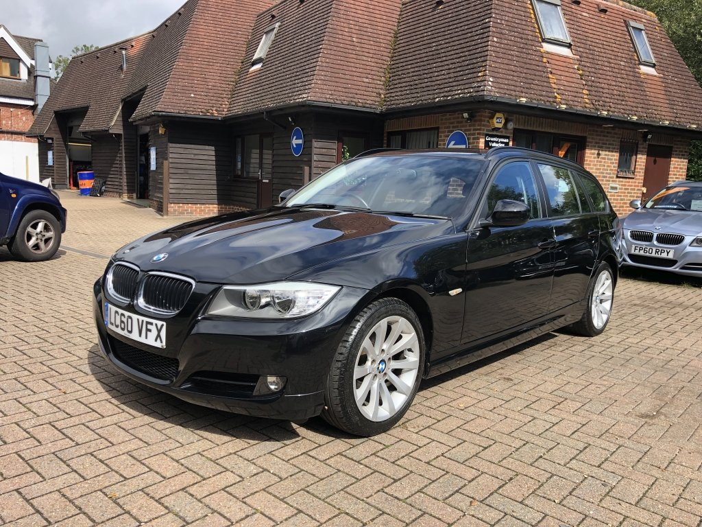 2010 (60) BMW 318i (2.0) SE Estate Automatic | 41,500 miles For Sale (picture 2 of 6)