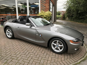 2004 BMW Z4 2.2i ROADSTER (Just 29,000 miles from new) For Sale