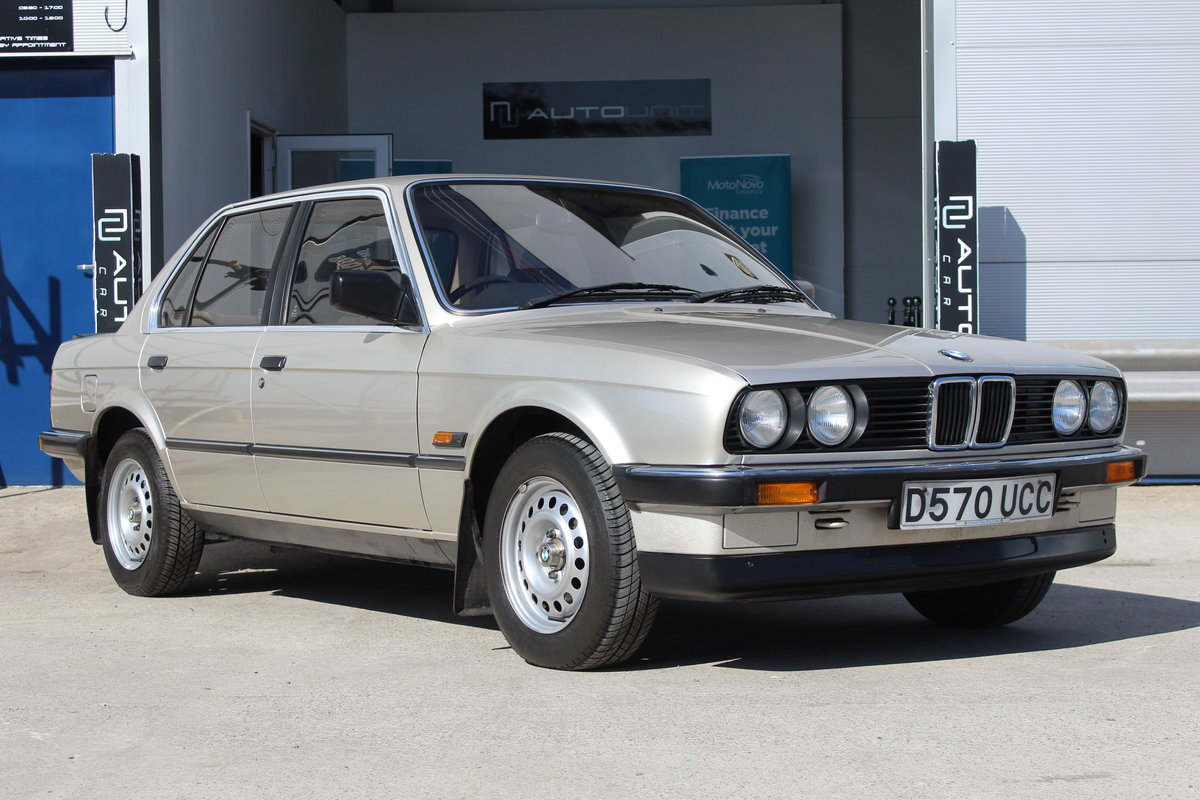 1986 BMW 318i E30 - Stunning Condition For Sale (picture 1 of 6)