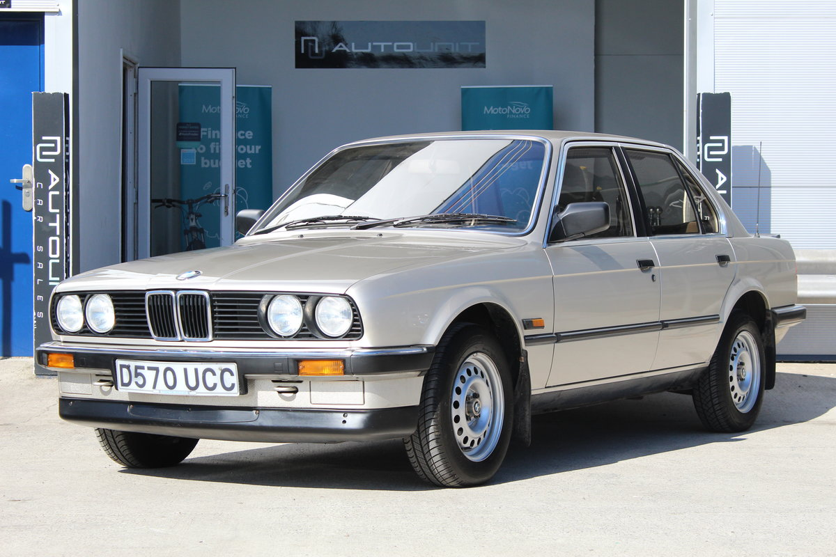 1986 BMW 318i E30 - Stunning Condition For Sale (picture 2 of 6)