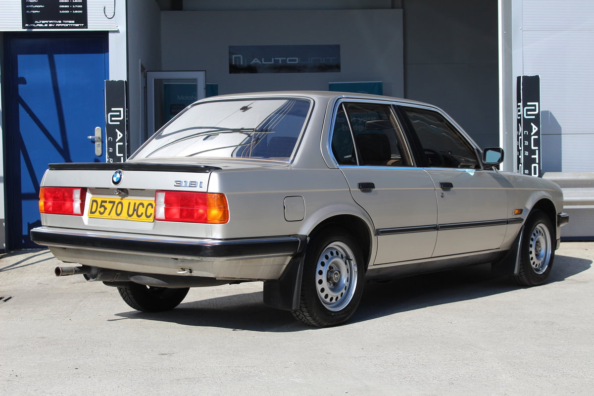 1986 BMW 318i E30 - Stunning Condition For Sale (picture 4 of 6)
