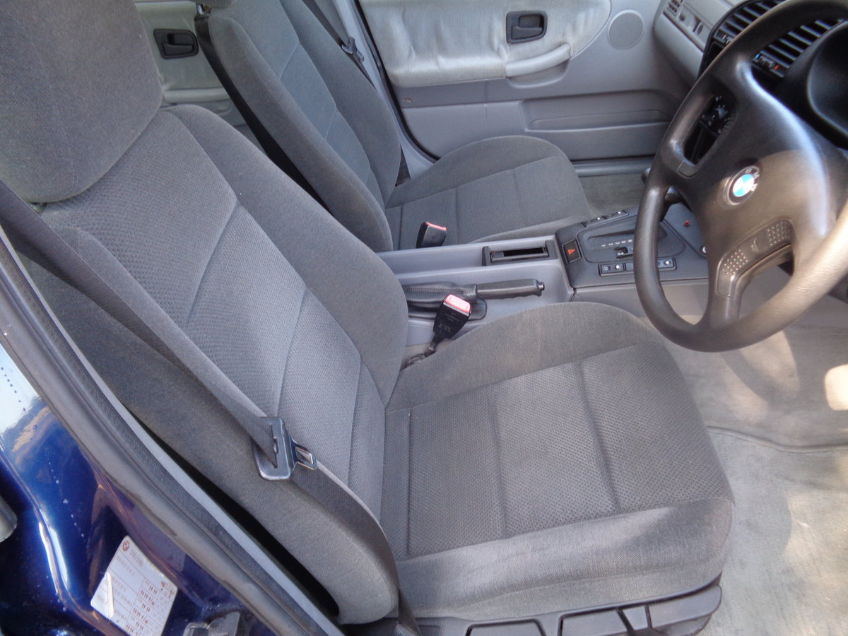 1991 Bmw 316 automatic - 46,000 mls !! For Sale (picture 4 of 6)