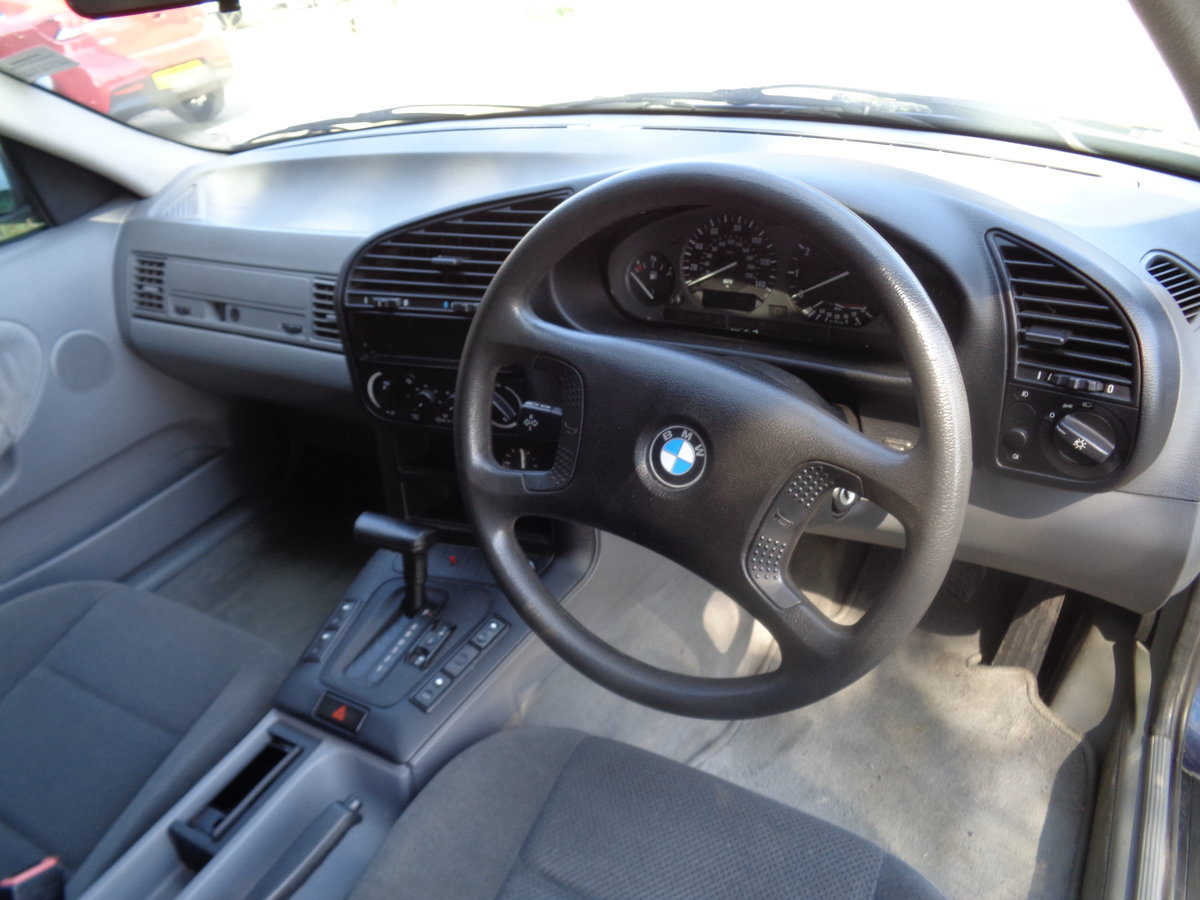 1991 Bmw 316 automatic - 46,000 mls !! For Sale (picture 5 of 6)