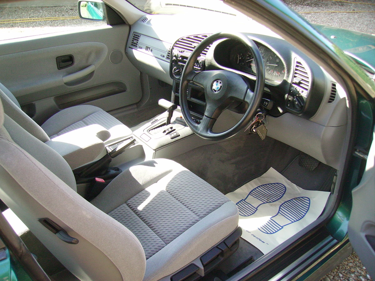 1993 BMW 3 Series Very low mileage - great condition For Sale (picture 4 of 6)
