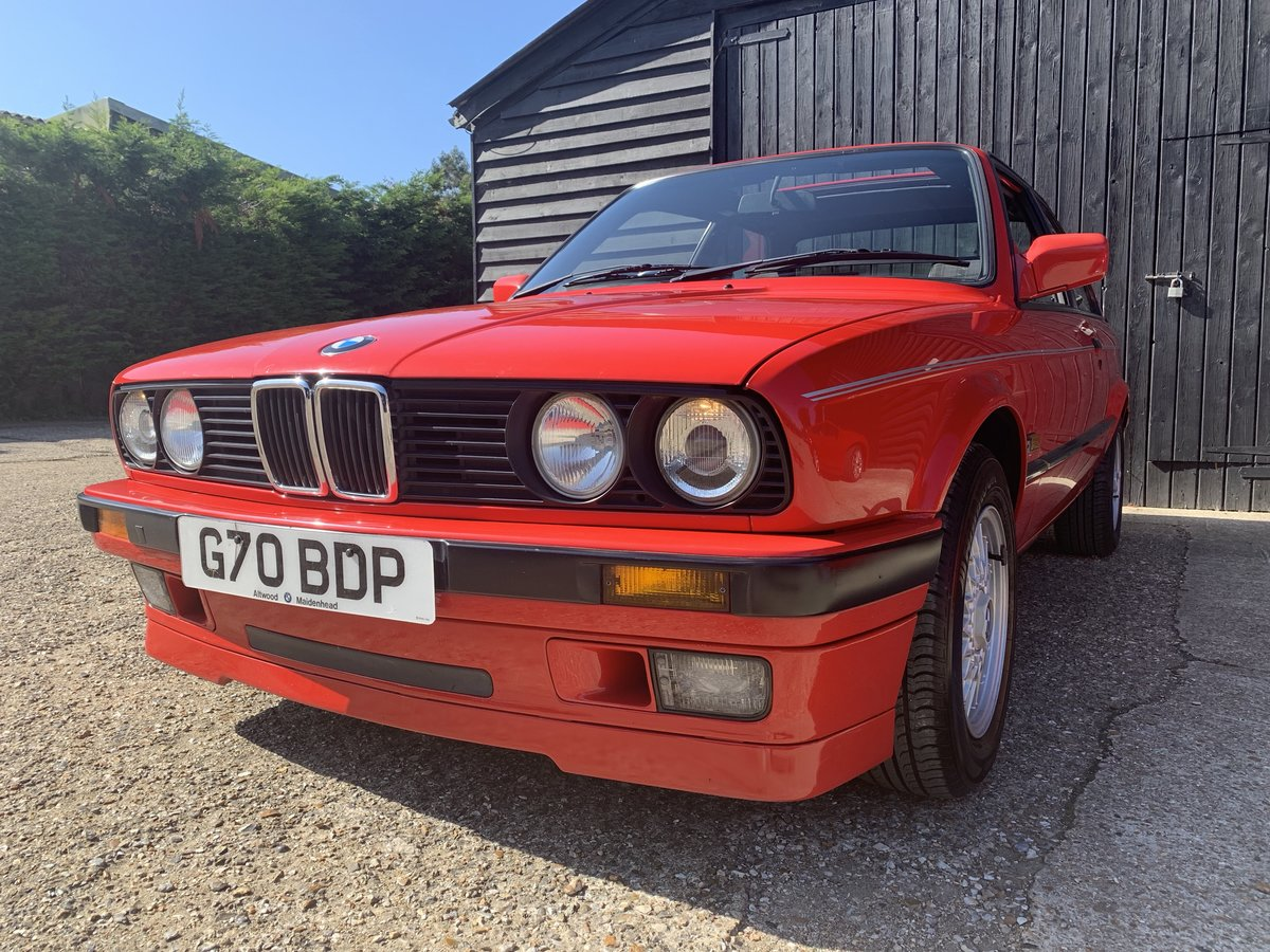 1990 BMW 318iS (E30) For Sale (picture 1 of 6)
