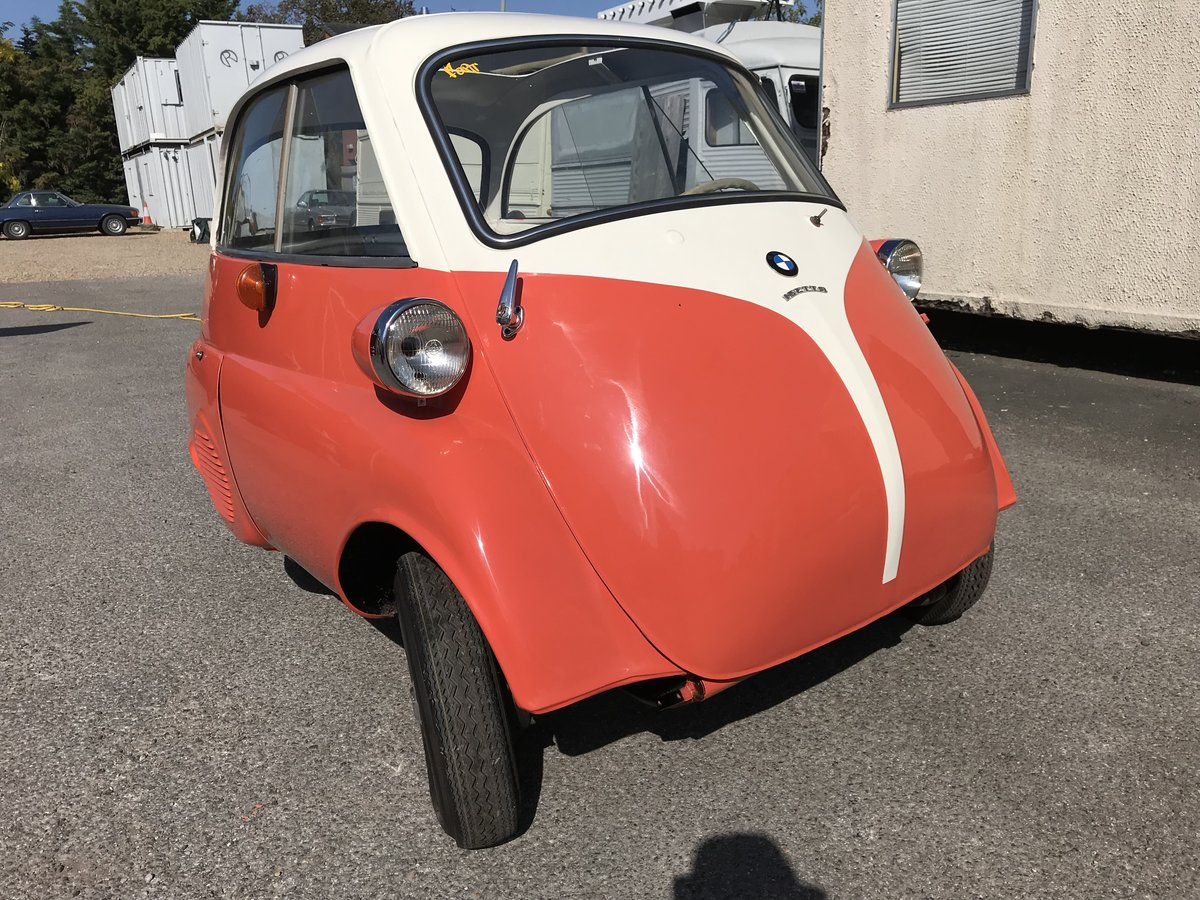 BMW ISETTA BUBBLE CAR For Sale (picture 1 of 6)