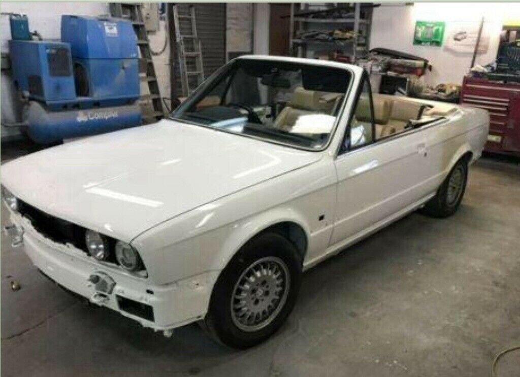1990 BMW E30 325i Convertible, White Auto private For Sale (picture 6 of 6)