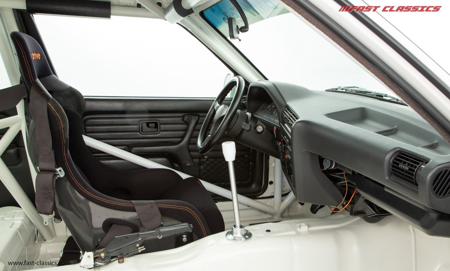1989 BMW E30 M3 // GROUP A RECREATION // NUT AND BOLT RESTORATION For Sale (picture 4 of 6)