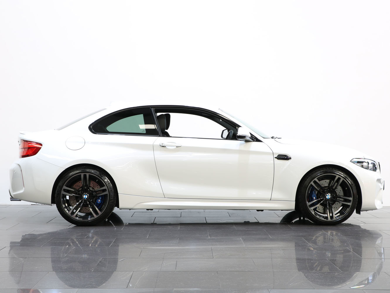 2018 18 18 BMW M2 MANUAL For Sale (picture 2 of 6)