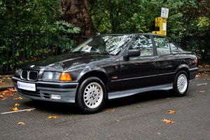 1993 BMW 318i SE, big spec, low mileage For Sale