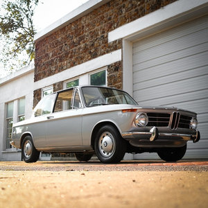 1968 BMW 2002 Coupe Roundie clean Silver(~)Black 38k miles