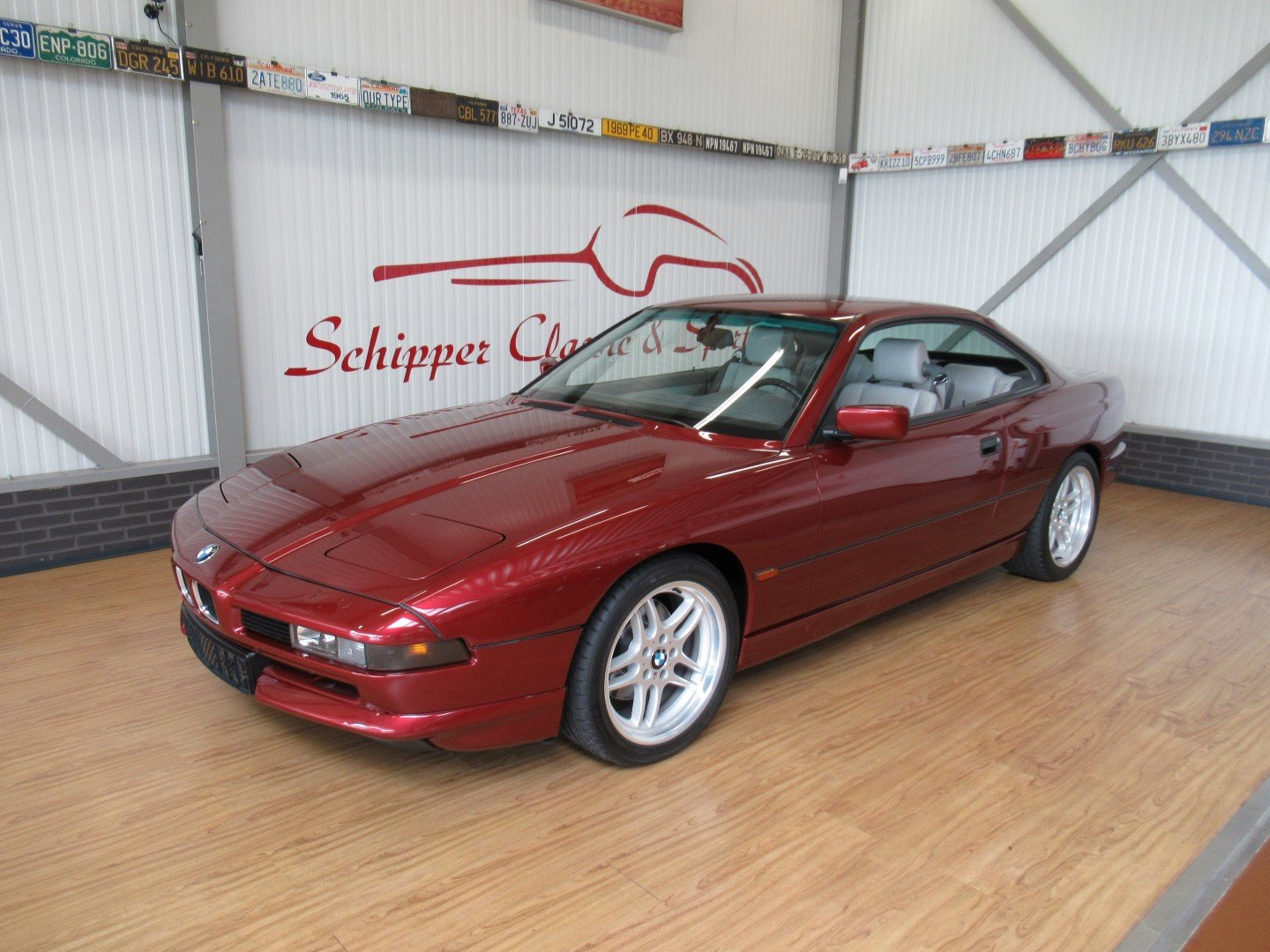 1992 BMW 850CI with just 66.000km!!! Calypso red For Sale (picture 1 of 6)