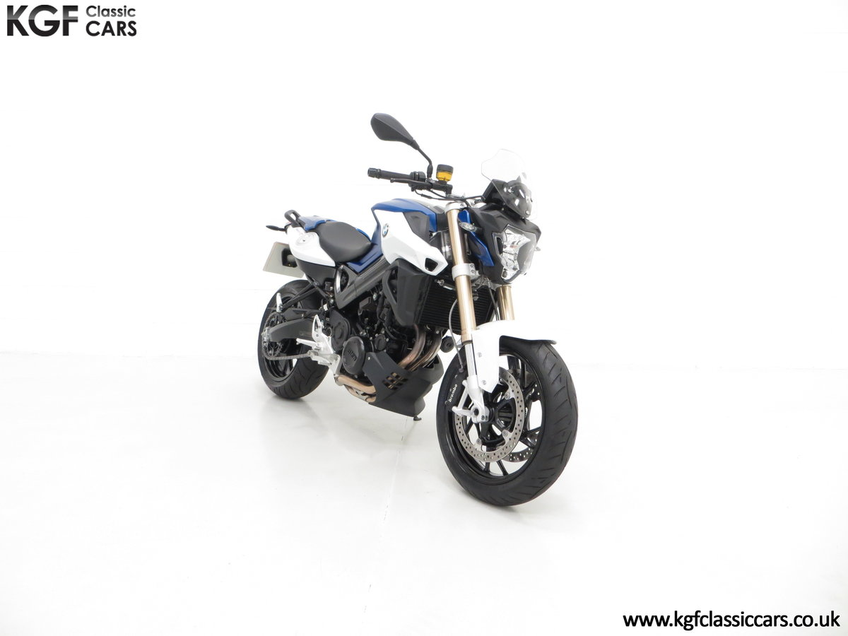 A Sleek 2016 BMW F 800 R with Just 80 Miles and One Owner For Sale (picture 1 of 6)