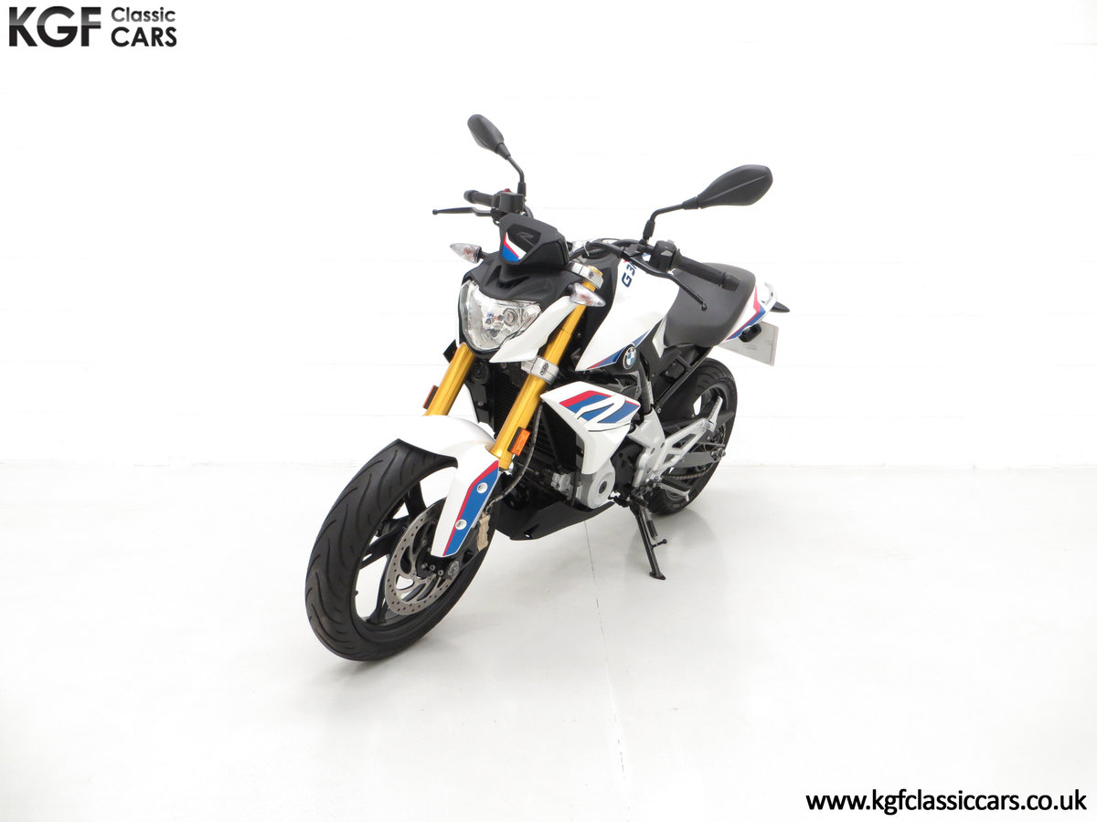 A Street Urban 2018 BMW G 310 R with Just 677 Miles SOLD (picture 2 of 6)