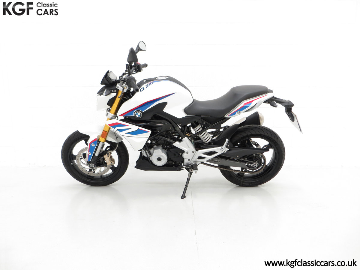 A Street Urban 2018 BMW G 310 R with Just 677 Miles SOLD (picture 3 of 6)