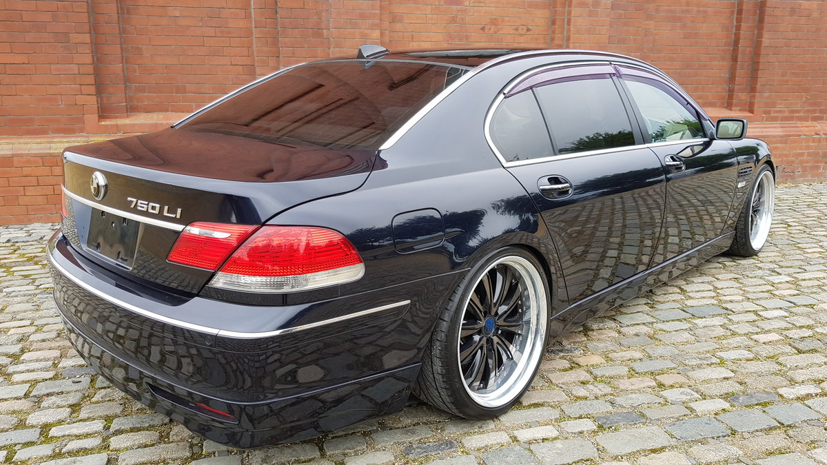 2006 BMW 7 SERIES 750li 4.8 AUTOMATIC LWB * VERY HIGH SPEC * For Sale (picture 2 of 6)