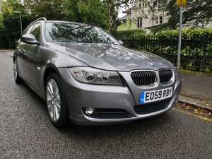 BMW 325i 3.0 ESTATE 2010MY 2 OWNERS 35000m  FSH - SPACE GREY