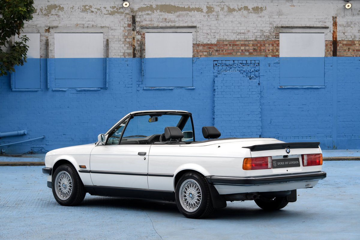 1990 BMW E30 320i Convertible Automatic For Sale (picture 6 of 10)