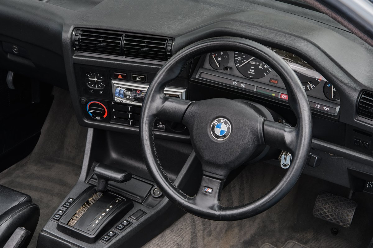 1990 BMW E30 320i Convertible Automatic For Sale (picture 7 of 10)