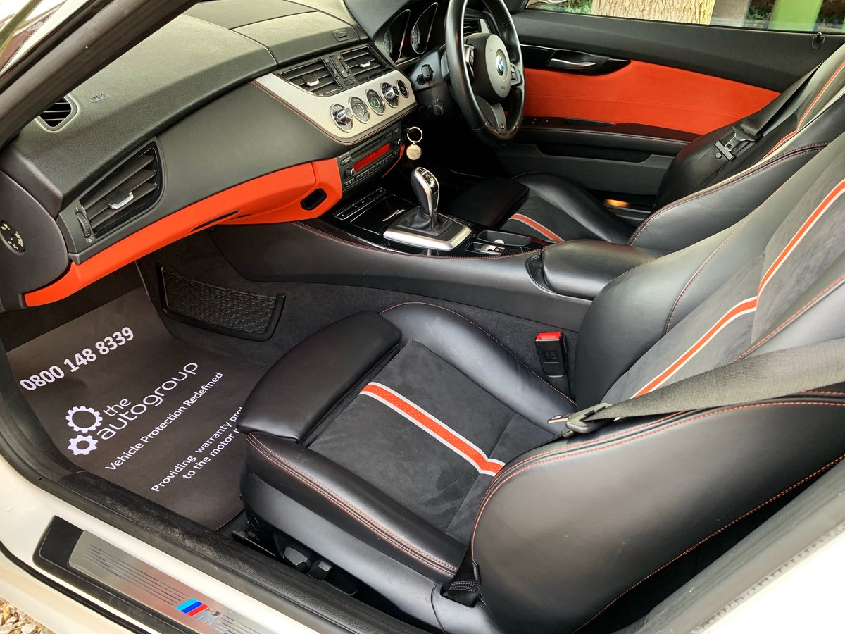 2013 BMW Z4 sDrive35is (340-bhp) 35i 6 cylinder 1 former keeper For Sale (picture 5 of 6)