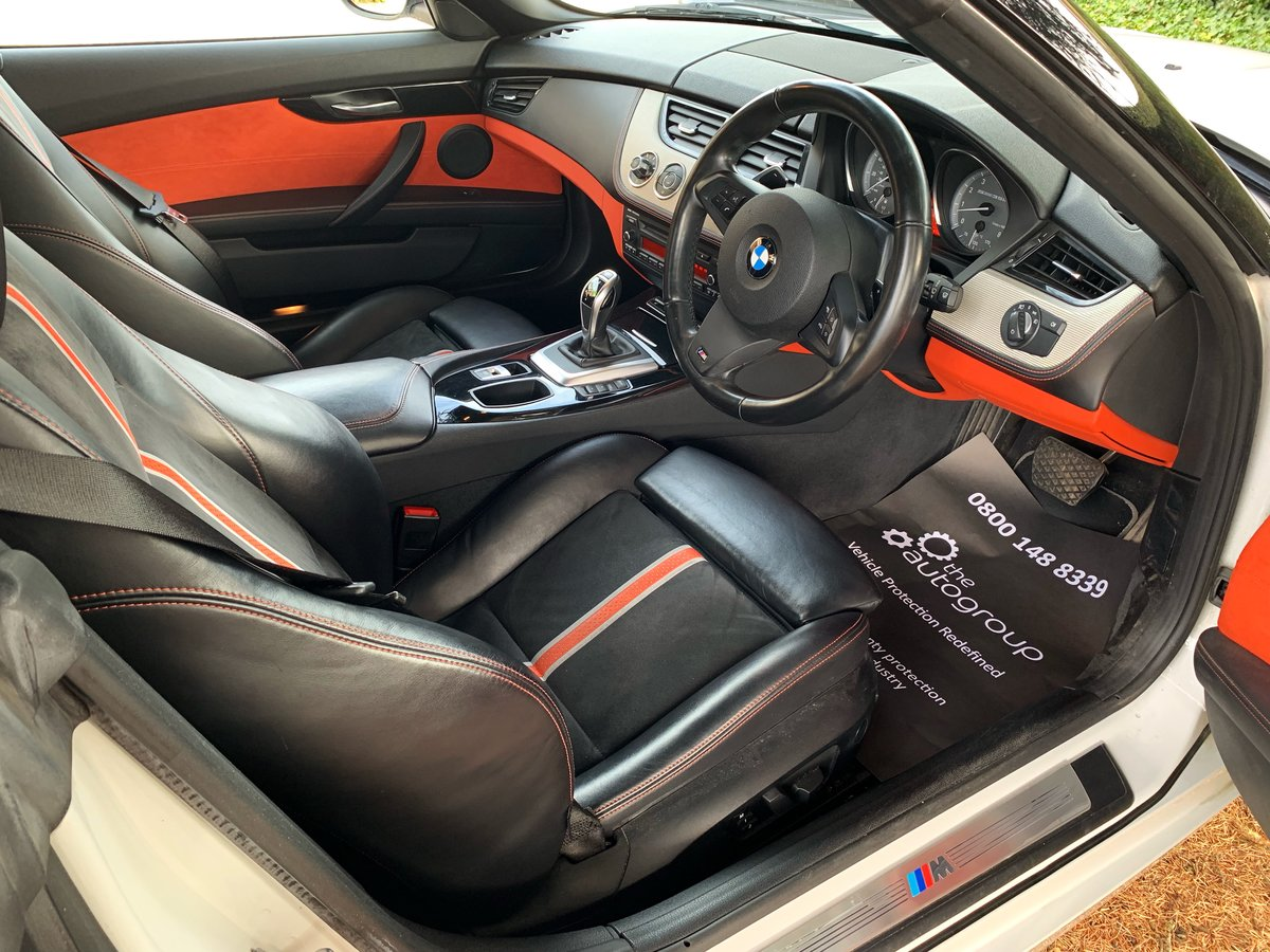 2013 BMW Z4 sDrive35is (340-bhp) 35i 6 cylinder a rare car For Sale (picture 6 of 6)