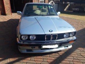 1986 BMW e30 333i