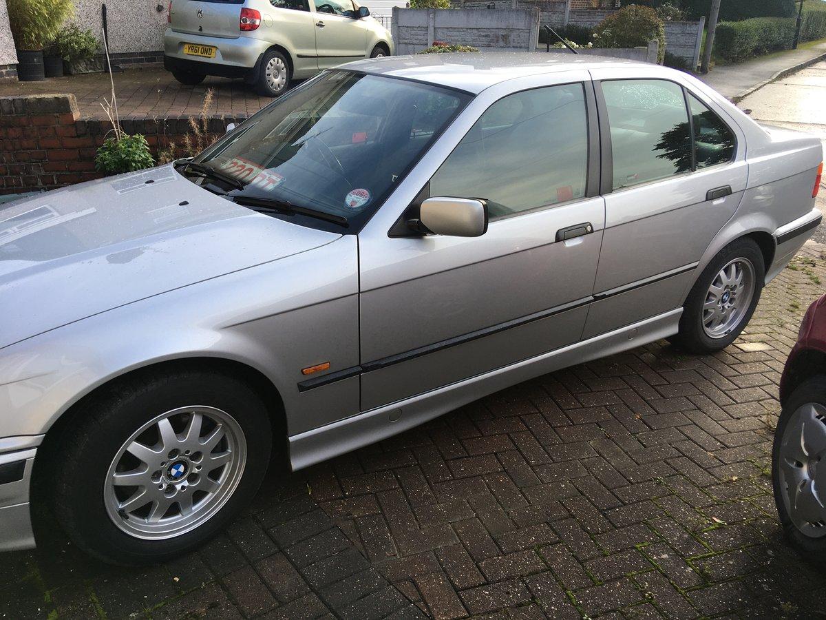 1998 BMW 318 auto Concorse  condition For Sale (picture 2 of 6)