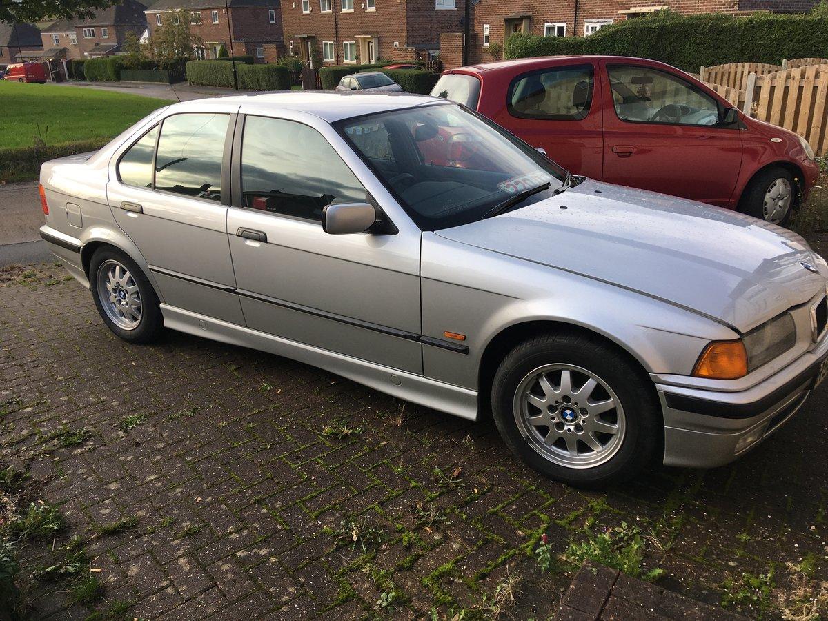 1998 BMW 318 auto Concorse  condition For Sale (picture 3 of 6)