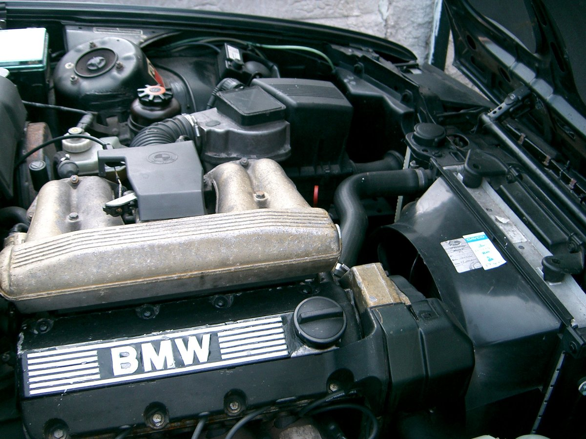 1992 BMW 318i Auto Convertible SOLD (picture 6 of 6)