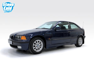 Picture of 1994 BMW 318Ti Compact SOLD