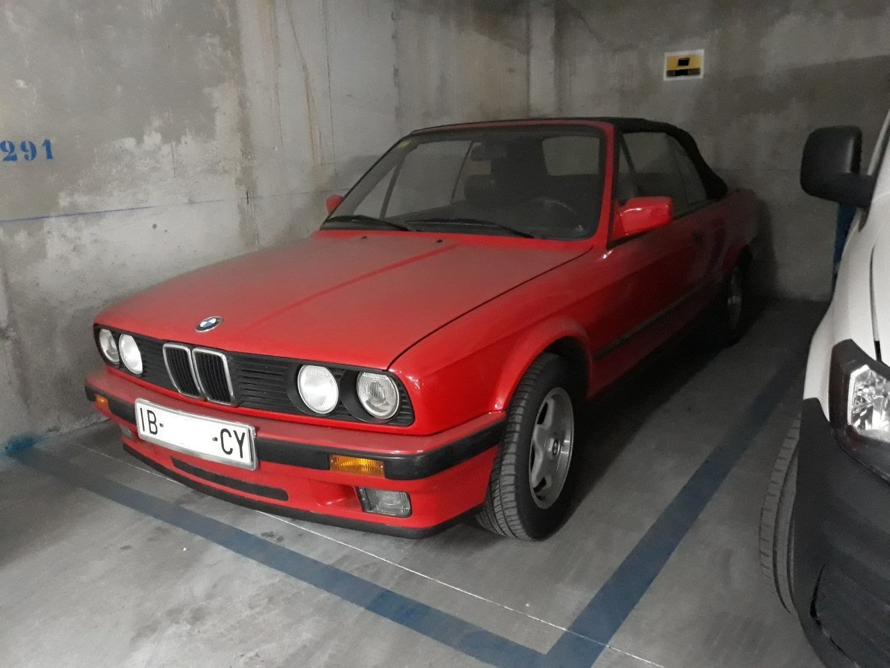 1991 BMW 318 Cabriolet automatic - only 96.000km LHD  For Sale (picture 1 of 2)