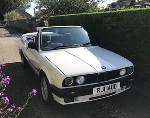 1993 BMW 318 LUX Convertible. 60k miles. SOLD