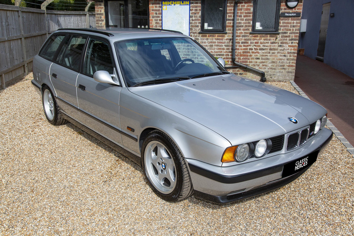 1992 BMW E34 M5 Touring For Sale (picture 1 of 6)