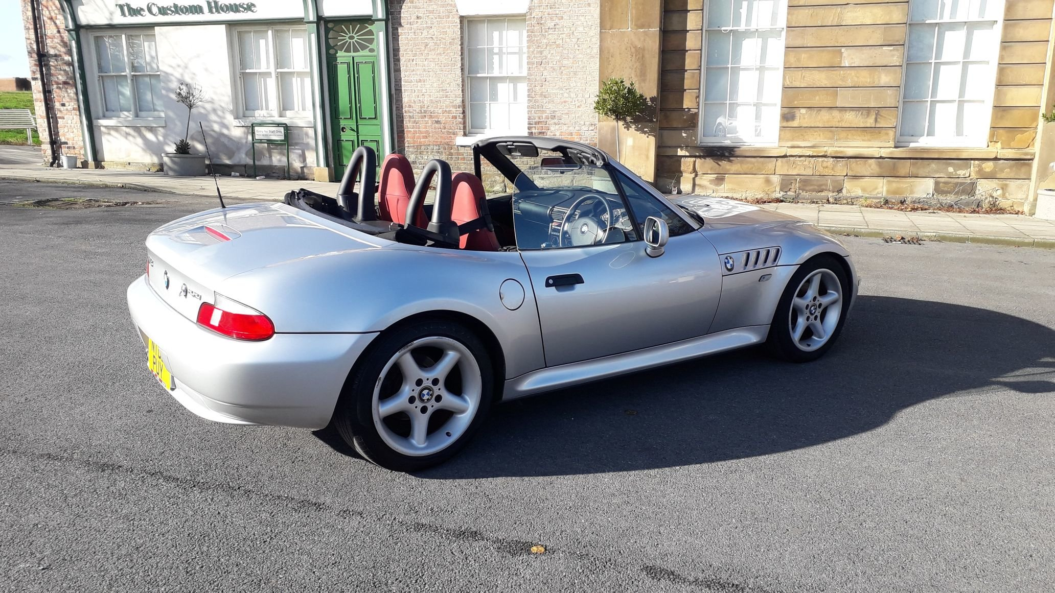 2002 BMW Z3 2.2 JAPANESE IMPORT - UK REGISTERED- LOVELY CONDITION SOLD (picture 2 of 6)
