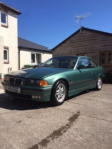 1999 BMW E36 318is Auto