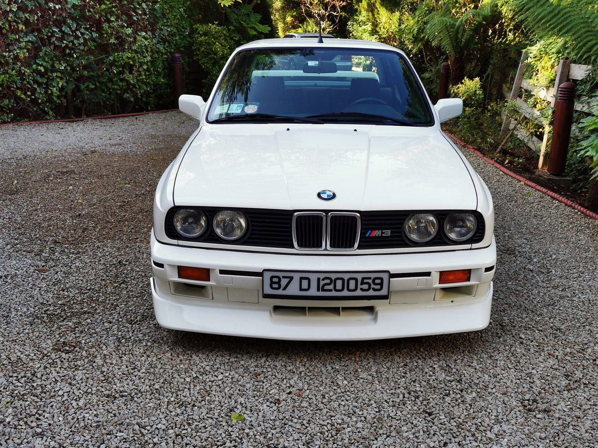 1987 BMW E30 M3 with Comprehensive History Stunning  For Sale (picture 4 of 6)