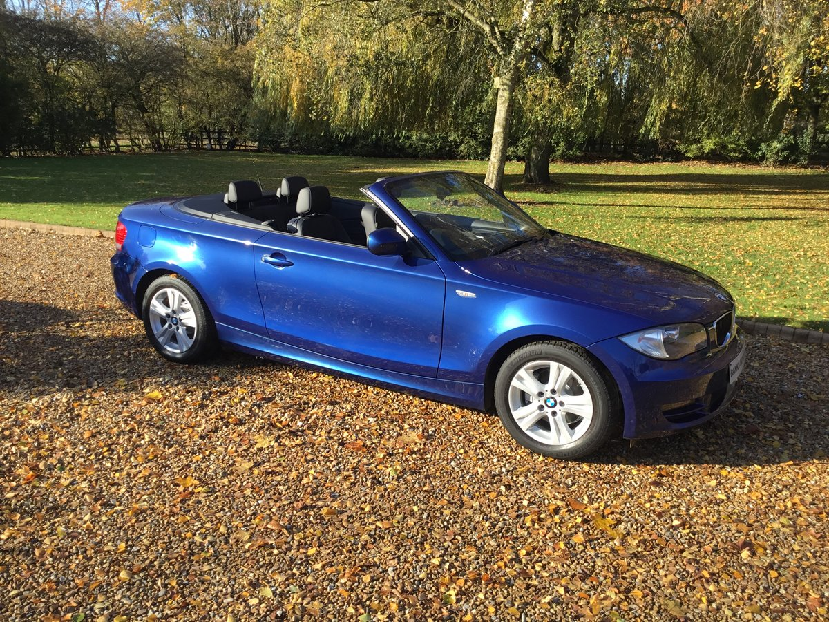BMW 120d SE Automatic Convertible 2010/10 For Sale (picture 2 of 6)