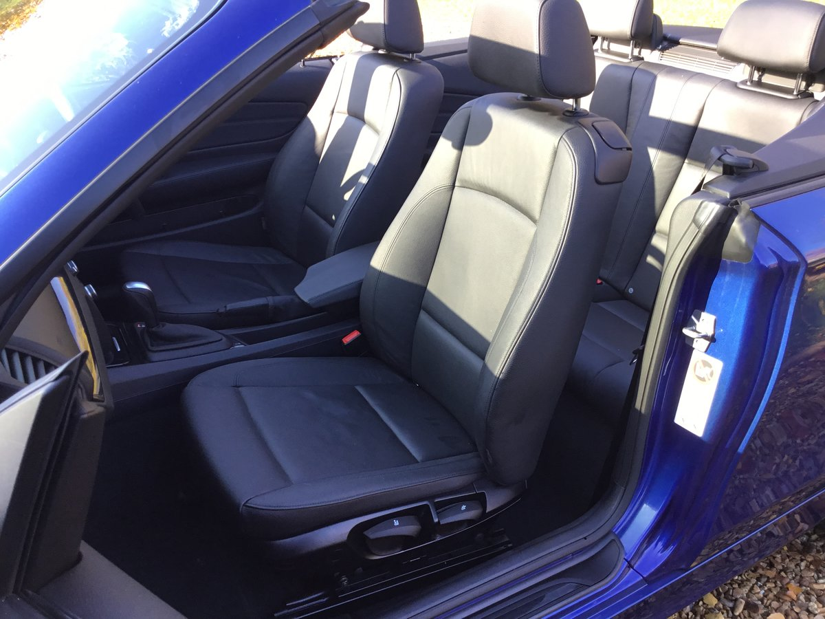 BMW 120d SE Automatic Convertible 2010/10 For Sale (picture 4 of 6)