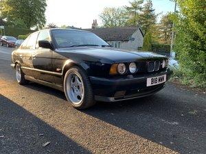 1990 BMW E34 M5