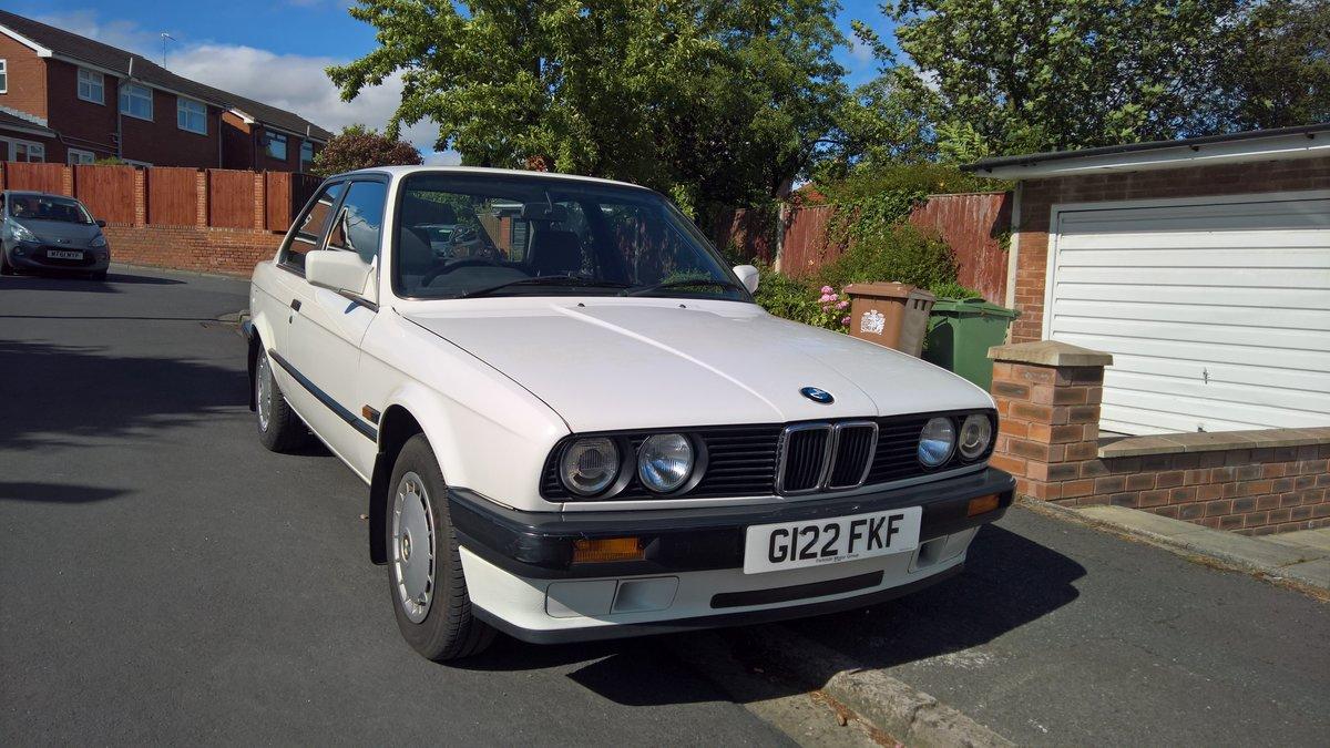 BMW E30 316i 1990 Alpine white with Indigo cloth. SOLD (picture 4 of 6)
