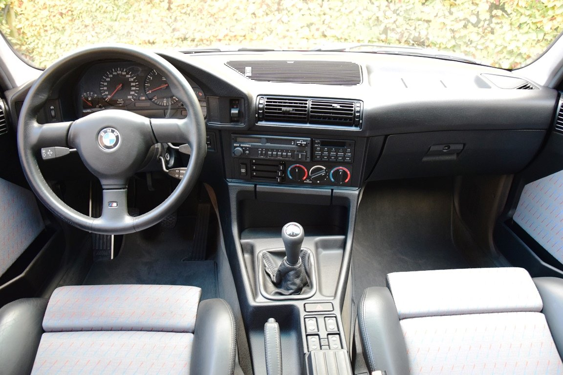 1989 BMW M5 in immaculate original condition For Sale (picture 5 of 6)