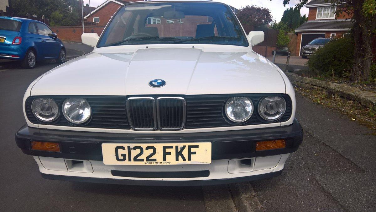 BMW E30 316i 1990 Alpine white with Indigo cloth. SOLD (picture 3 of 6)