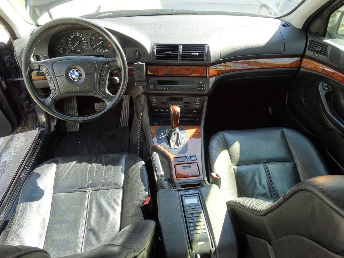 1998 BMW E39 540iP, B4 Ballistic Armoury Protection For Sale (picture 4 of 6)