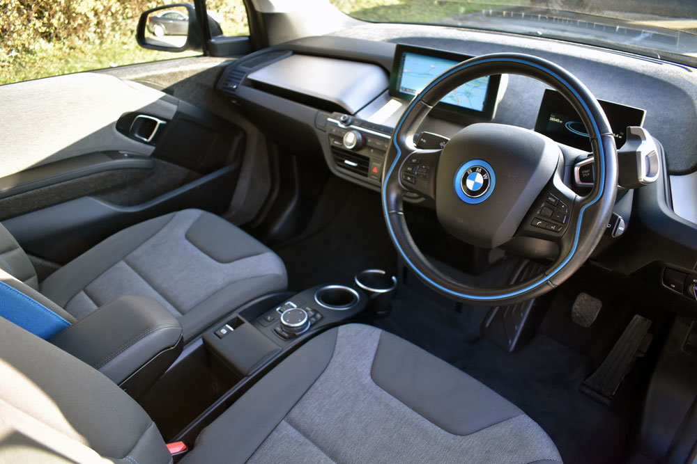 2015 BMW i3 Loft Range Extender 60Ah Low Mileage**RESERVED** SOLD (picture 3 of 6)