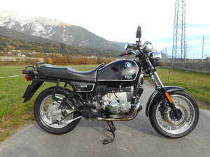 BMW R100R in topstate new tires & maintenance