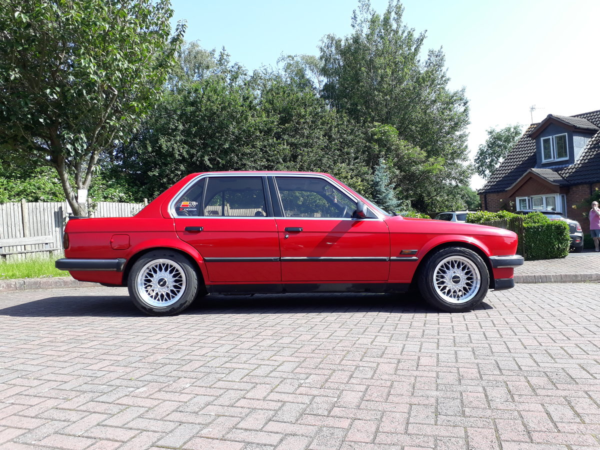 1986 BMW E30 318i SOLD (picture 1 of 6)