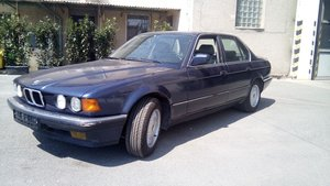 Picture of 1990 BMW 735i E32