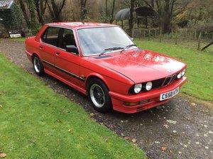 1985 BMW 518i (E28) - Red