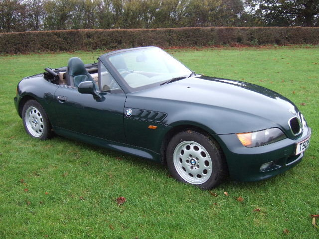 1999 BMW Z3 1.9i Roadster only 34000 miles For Sale (picture 1 of 12)