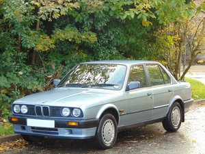 1989 BMW E30 318i Saloon.. Lovely Original Example.. Low Miles.. SOLD